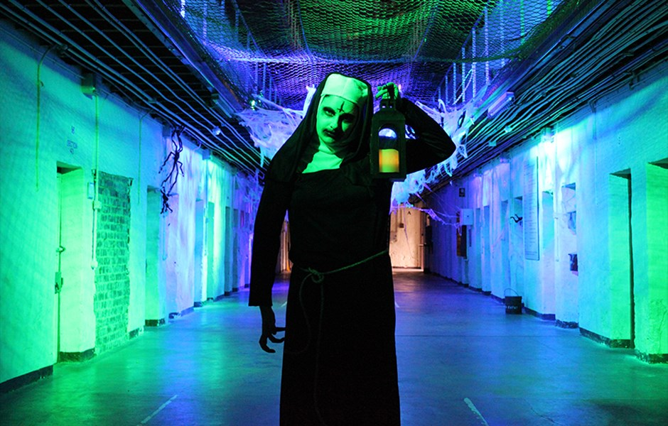 Halloween_Nun.jpg